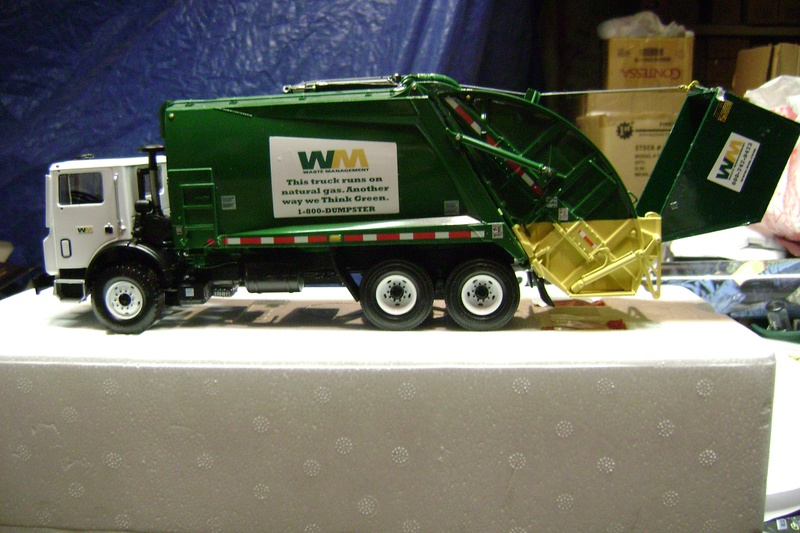waste management rearload
